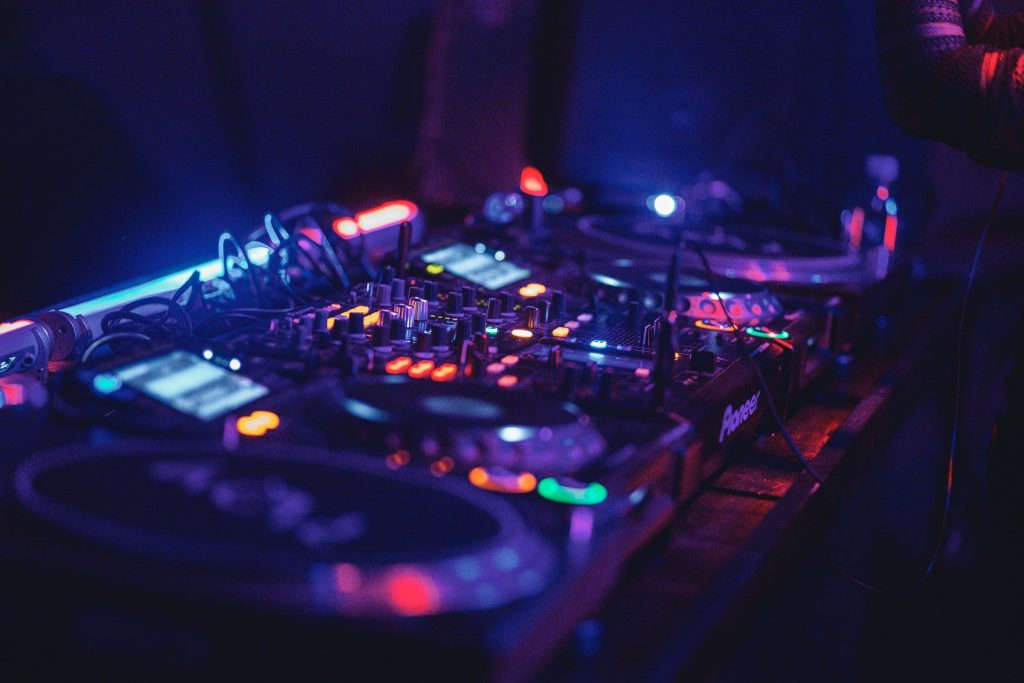 DJ Decks that people can play dubstep through.