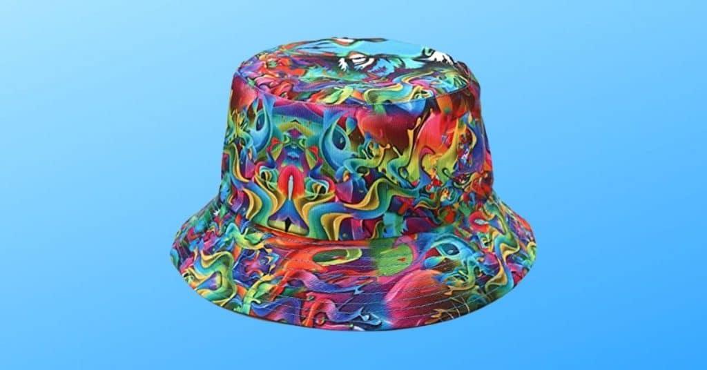 QUANHAIGOU'S Reversible Bucket hat